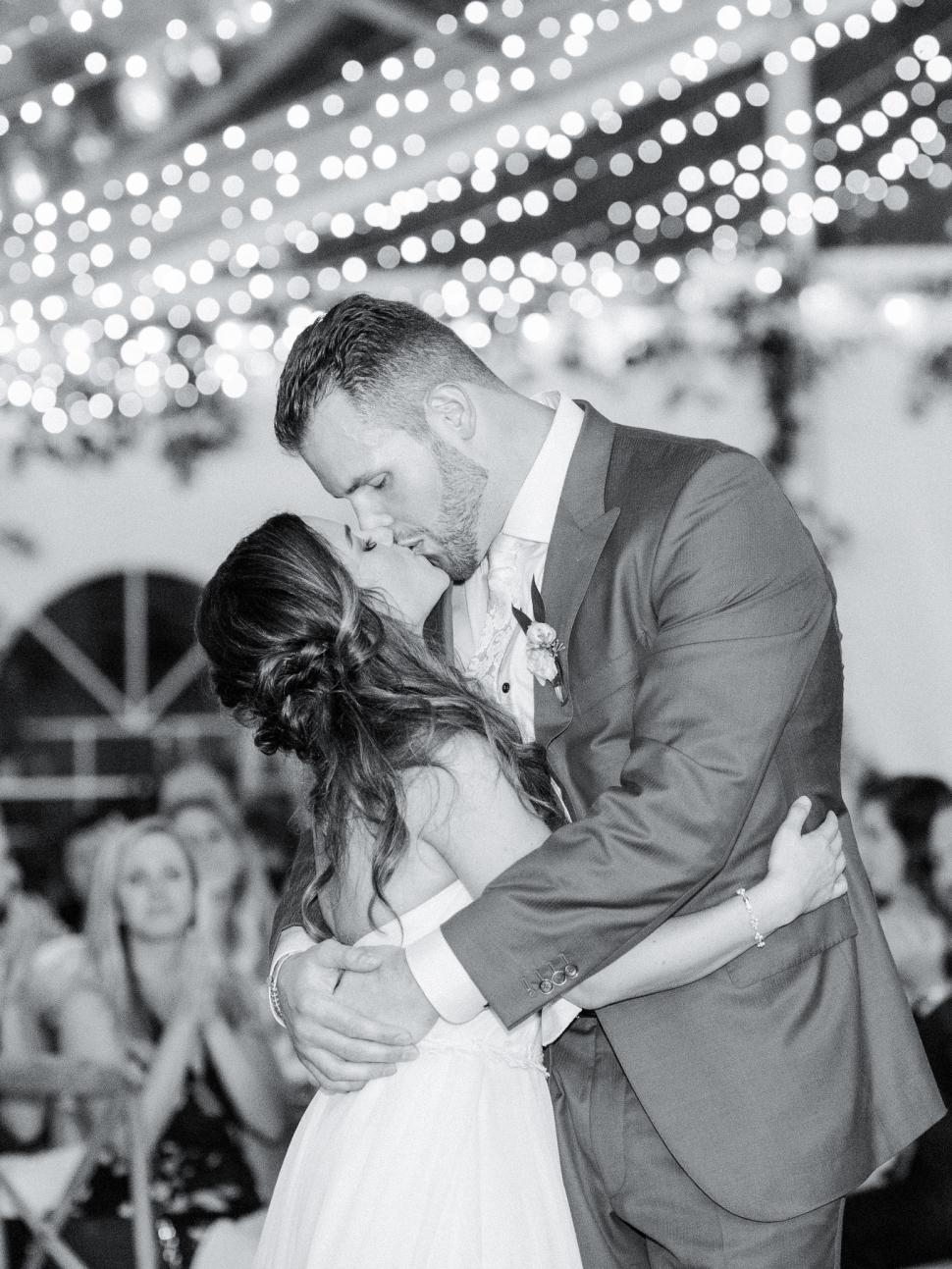 New-Jersey-Wedding-Photographer-Cassi-Claire-Inn-at-Fernbrook-Farms-Wedding_39.jpg