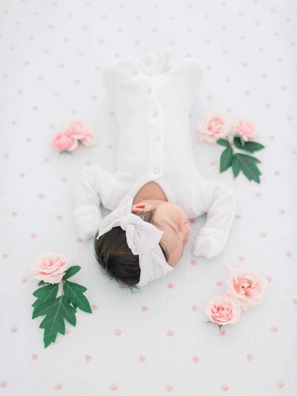 Cassi-Claire-Newborn-Photos_02.jpg