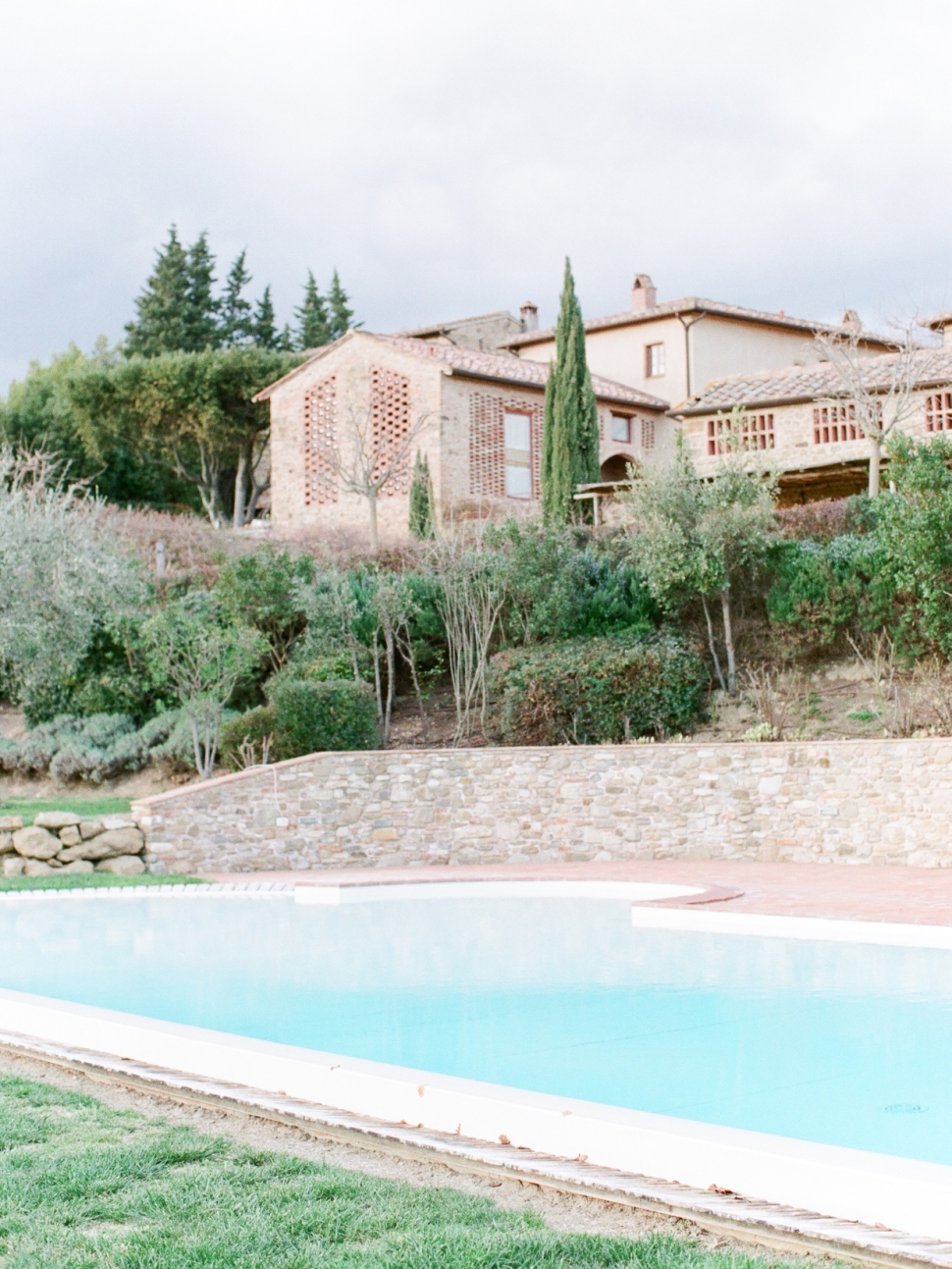 Tuscany-Destination-Wedding-Photographer-Cassi-Claire-Borgo-Petrognano-Florence-Wedding-02.jpg
