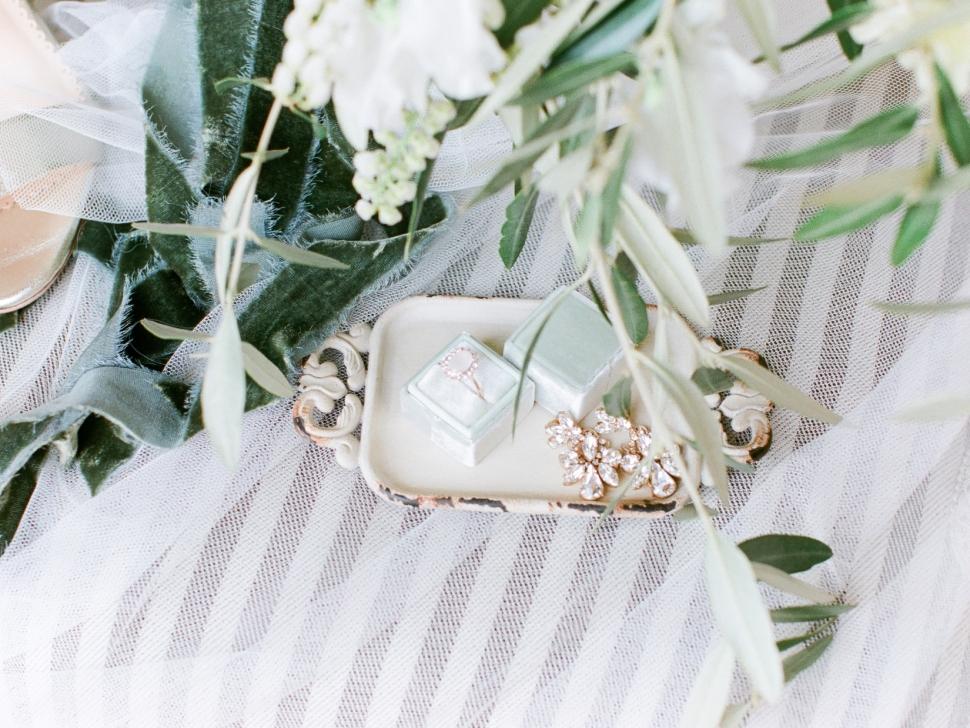 Tuscany-Destination-Wedding-Photographer-Cassi-Claire-Borgo-Petrognano-Florence-Wedding-13.jpg