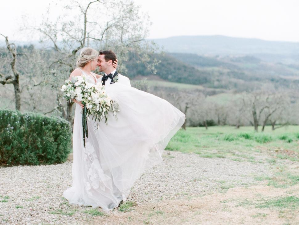 Tuscany-Destination-Wedding-Photographer-Cassi-Claire-Borgo-Petrognano-Florence-Wedding-16.jpg