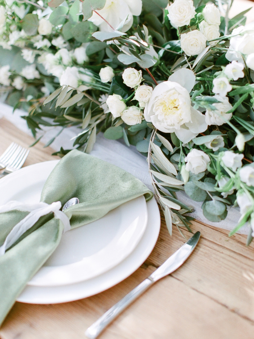 Tuscany-Destination-Wedding-Photographer-Cassi-Claire-Borgo-Petrognano-Florence-Wedding-17.jpg