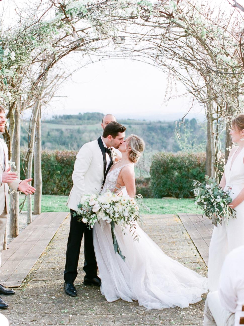 Tuscany-Destination-Wedding-Photographer-Cassi-Claire-Borgo-Petrognano-Florence-Wedding-25.jpg