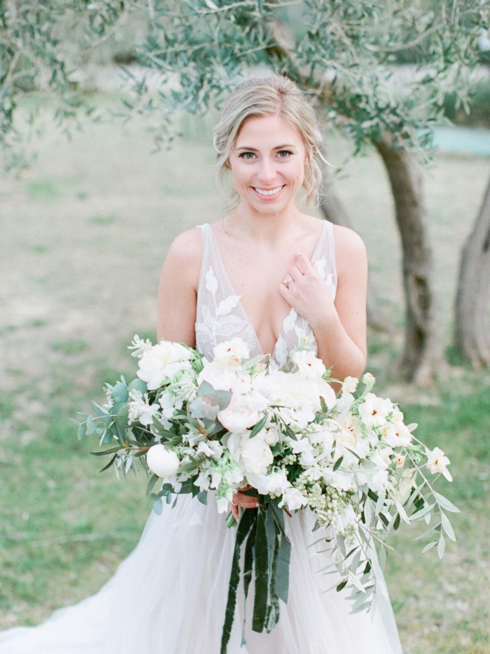 Tuscany-Destination-Wedding-Photographer-Cassi-Claire-Borgo-Petrognano-Florence-Wedding-29.jpg