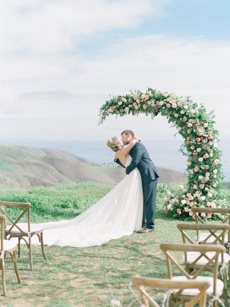 Southern-California-Malibu-Wedding-Photographer-Cassi-Claire-Deer-Creek-Ridge-Wedding_09.jpg