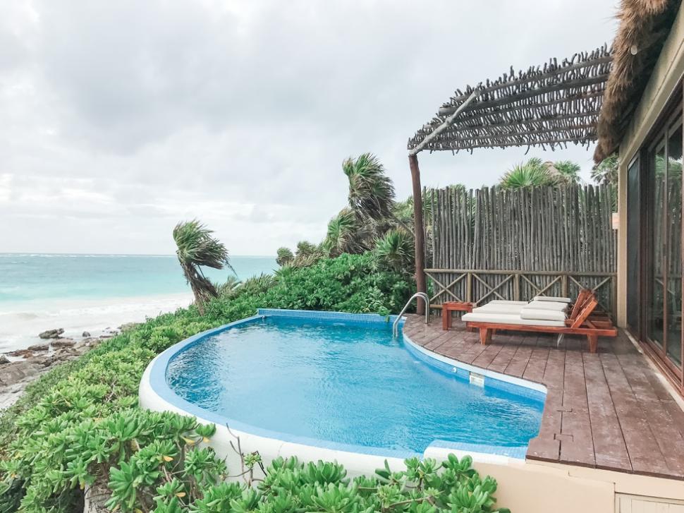 Stay-in-a-Private-Villa-in-Tulum-Mexico_03.jpg