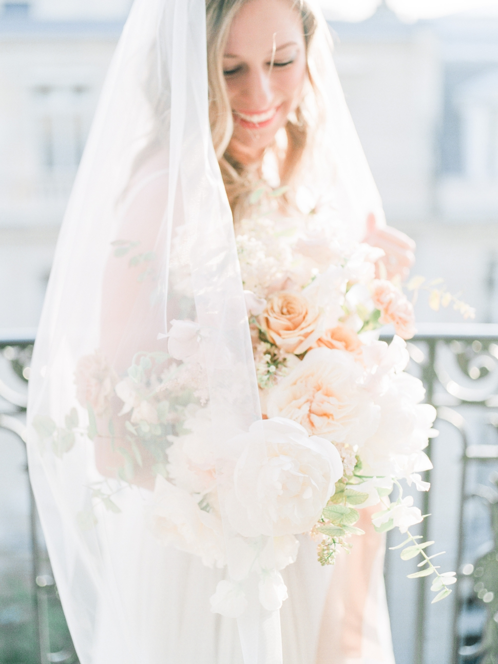 Paris-France-Destination-Wedding-Photographer-Cassi-Claire-Shangri-La-Paris-Wedding-Photos_042.jpg
