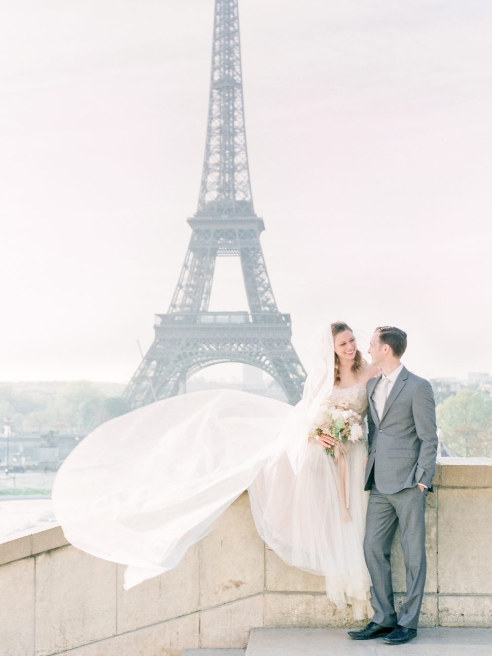 Paris-France-Destination-Wedding-Photographer-Cassi-Claire-Shangri-La-Paris-Wedding-Photos_056.jpg