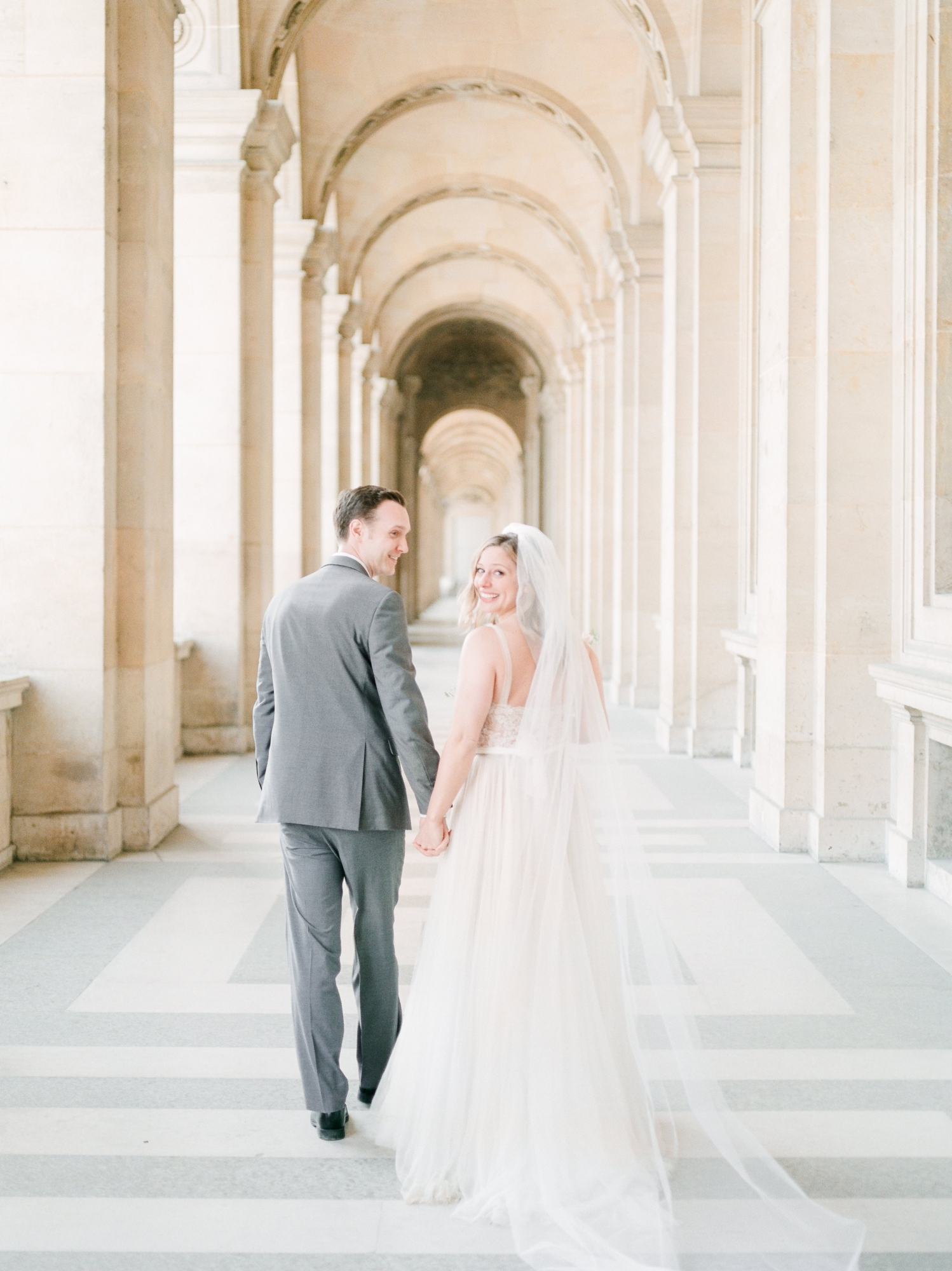 English-speaking-Paris-Wedding-Photographer-Eiffel-Tower-Elopement-France_30.jpg