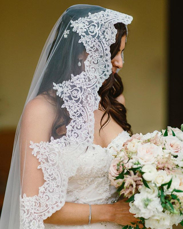 How gorgeous is this veil?  All of the details at Anna and Marcus' wedding were stunning.  Shooting with @nataliebrayphoto