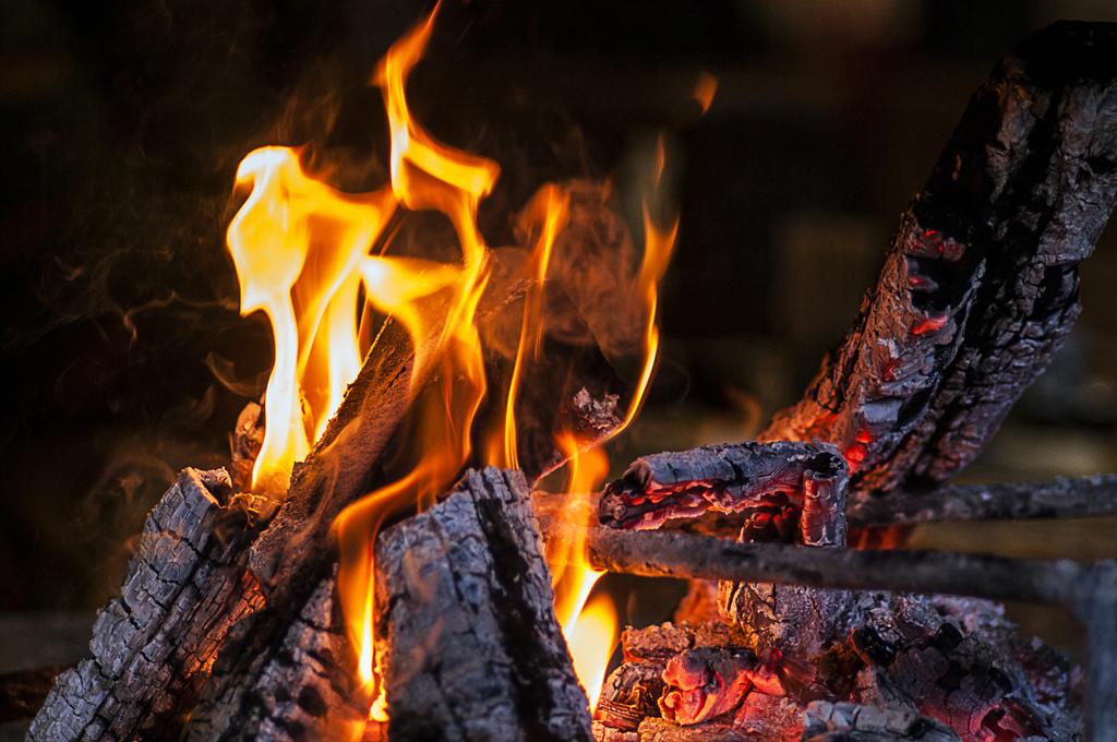 01-28-16-C-1-Consider-alternatives-to-burning-wood-for-heat-TEASER-PHOTO.jpg