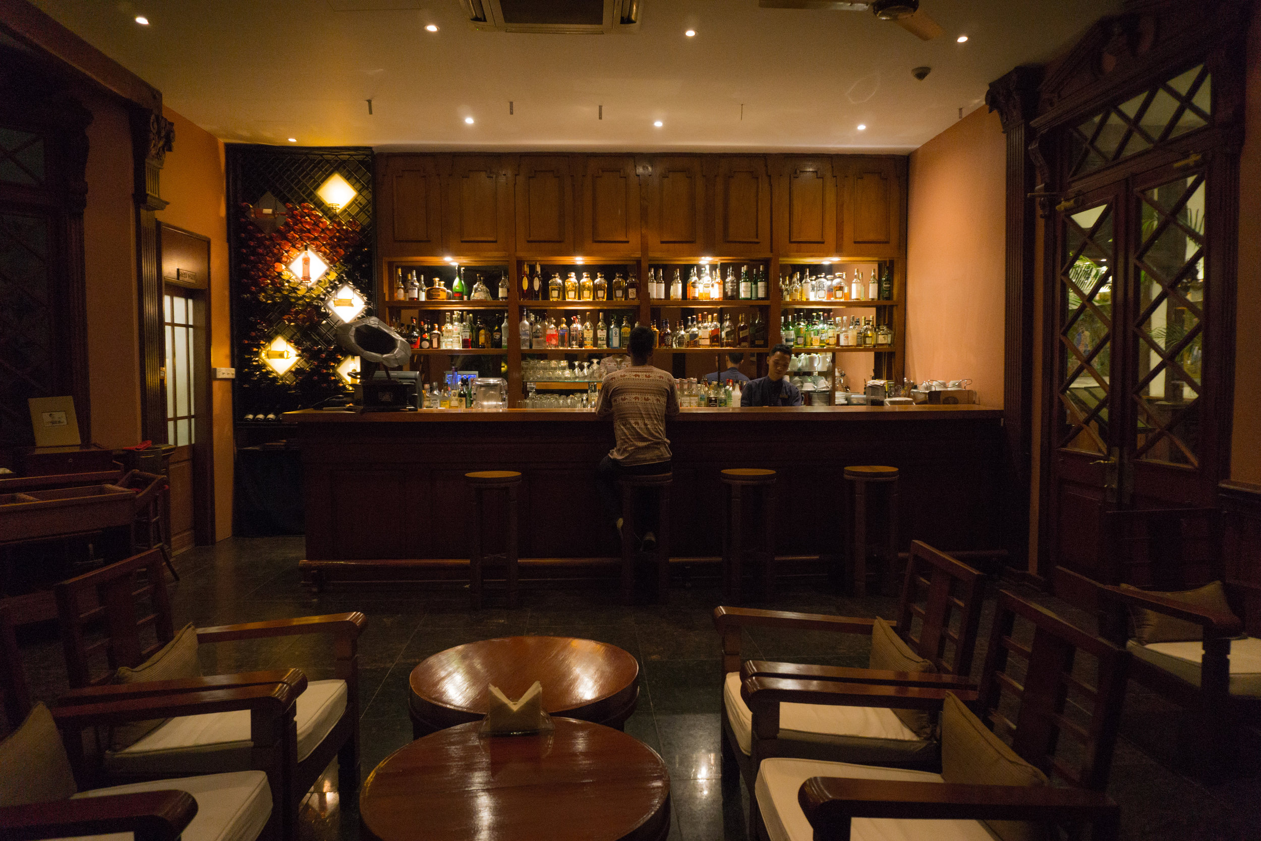 Belmond Bar