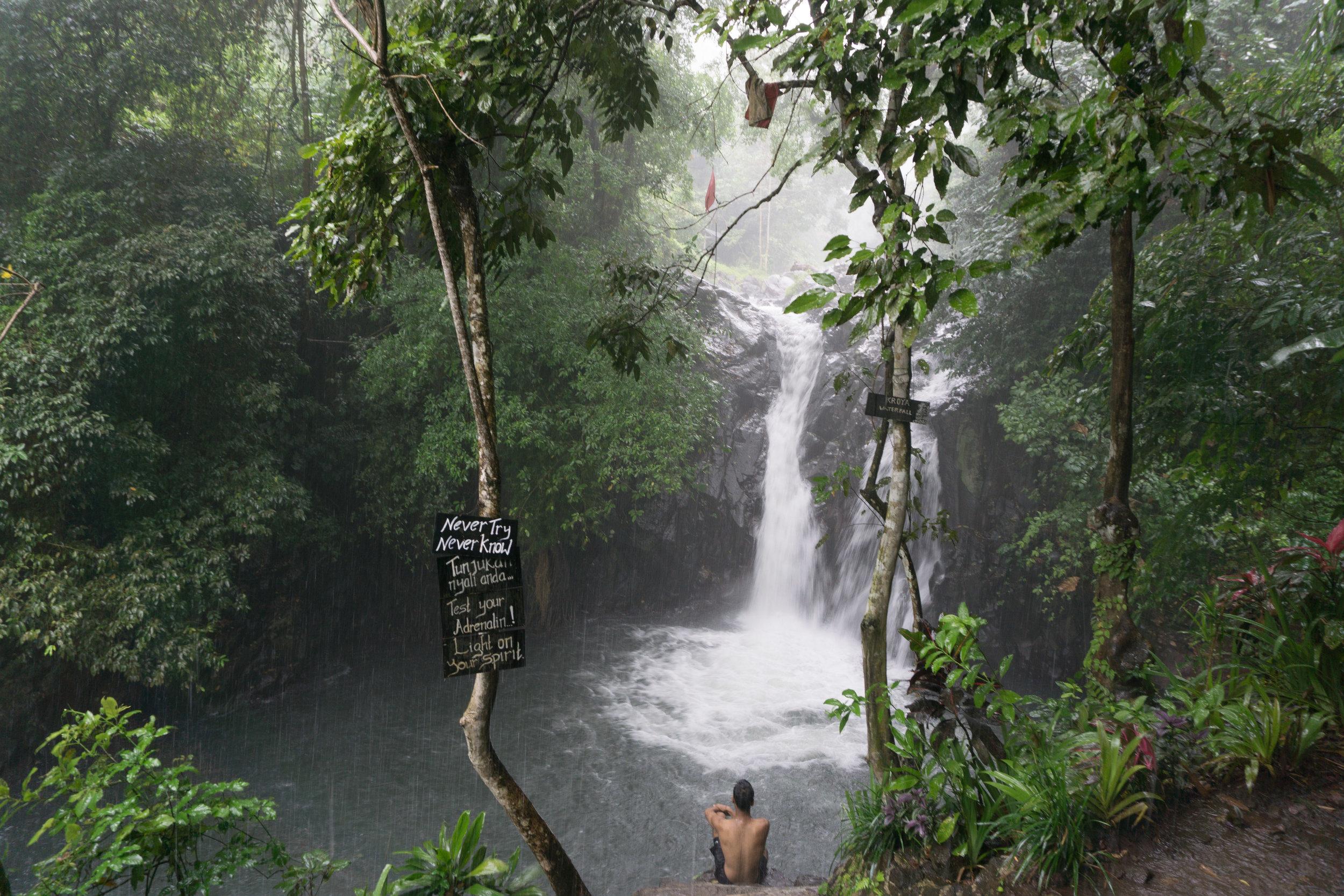 Sukasada Waterfalls