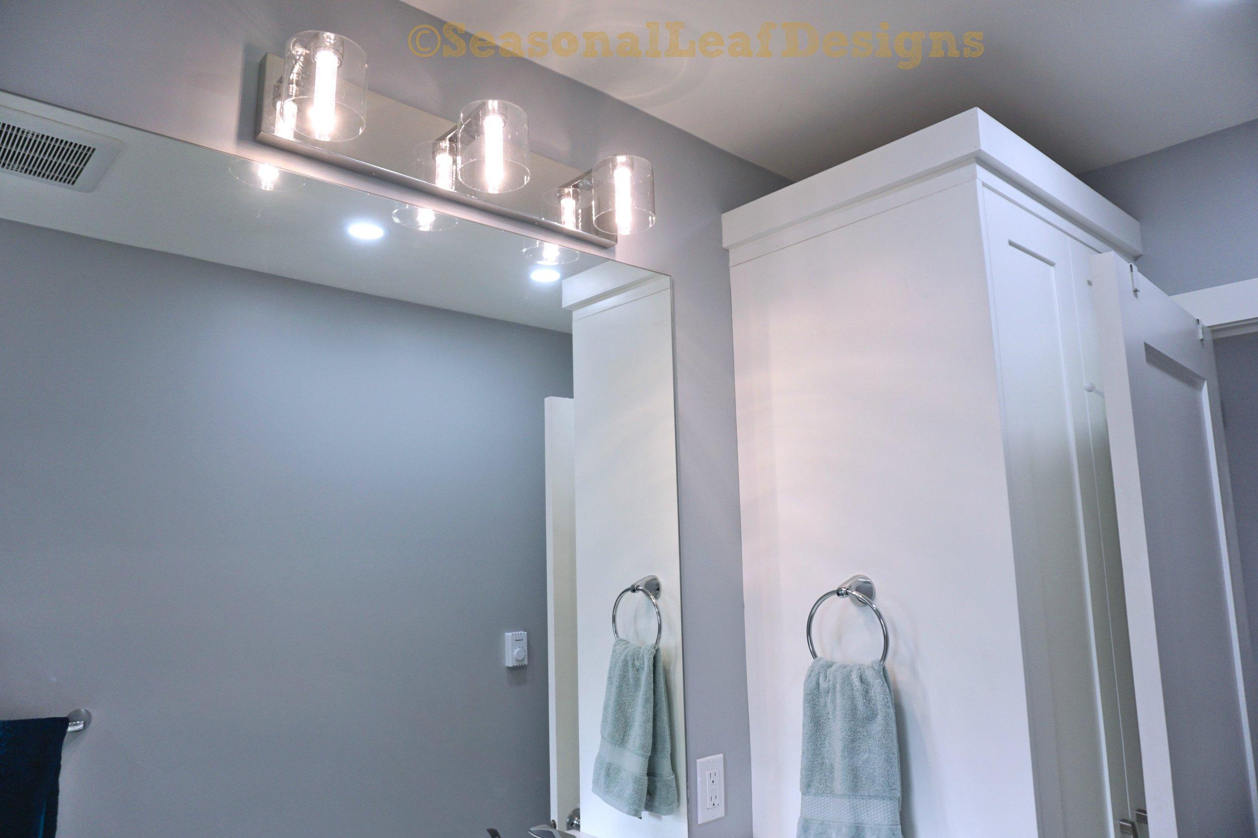 Hall Bath5_.jpg