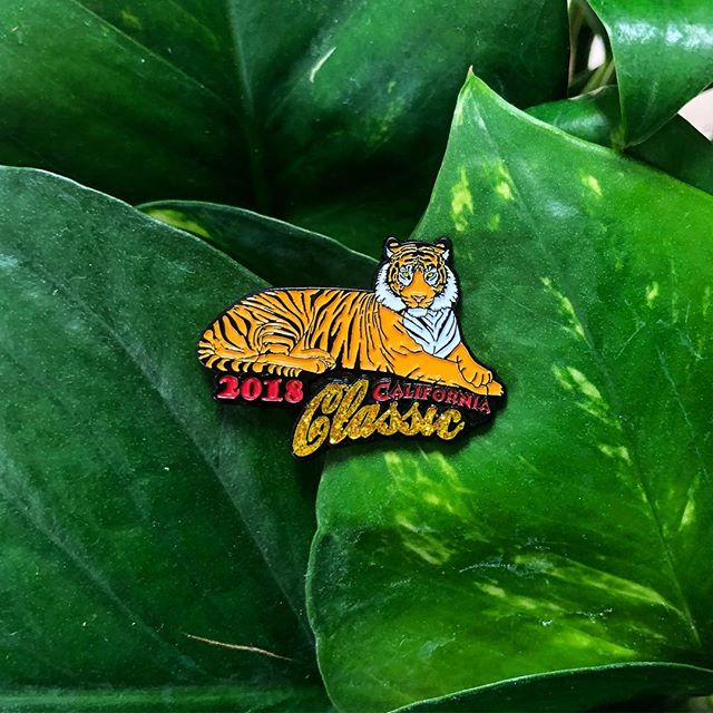 It's a jungle out there! 🐅🌴#californiaclassicweekend #tigers #pins #enamelpins . . . #cblworld #cblmedals #medals #running #halfmarathon #willrunforbling #hearts #iloveyou #pickuplines #fitness #healthy #training #running