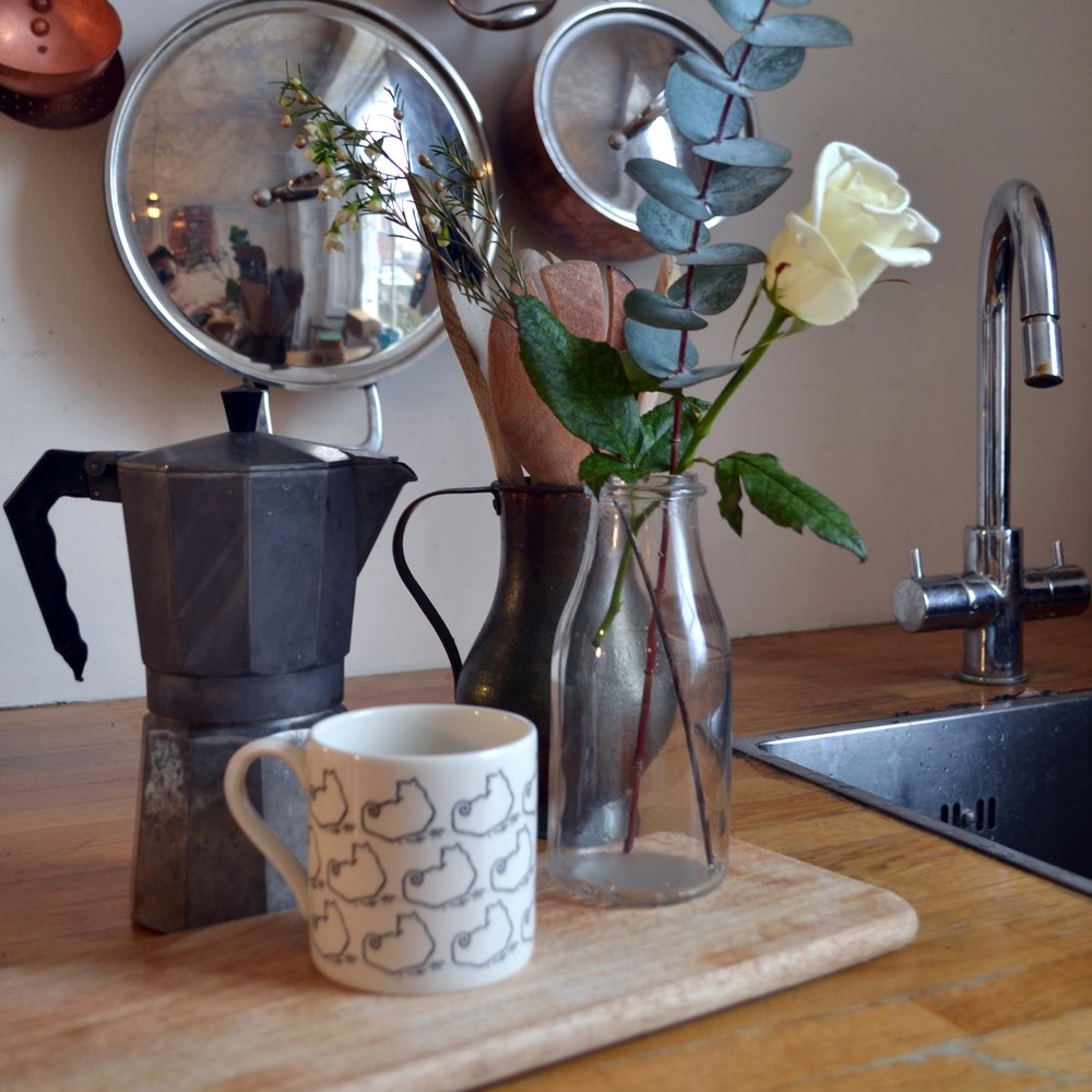Did you know that your kettle is one of the greediest home appliances you own in terms of energy consumption? Only use the water you need for your cuppa instead of filling it to the top!  Buy the cat design earthenware mug (£15.95) as pictured above here  >