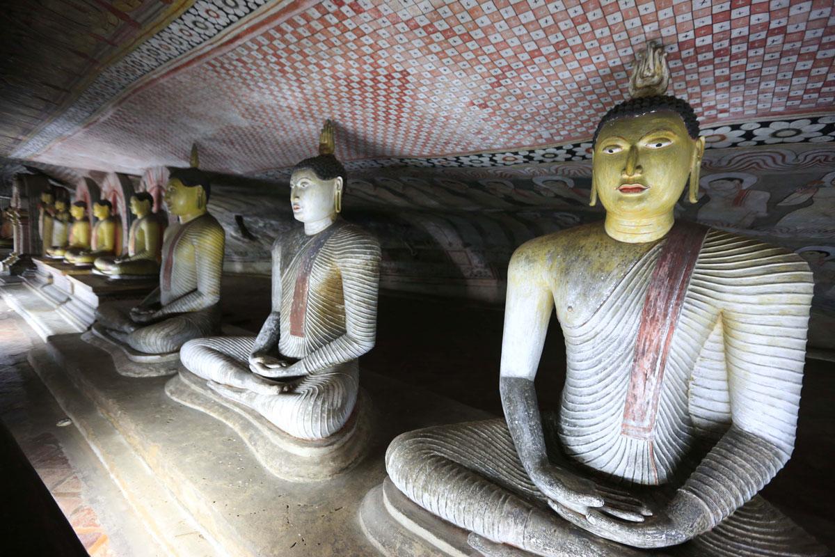 LKA_Dambulla-Cave-Temple-©-Sri-Lanka-InStyle-1651.jpg