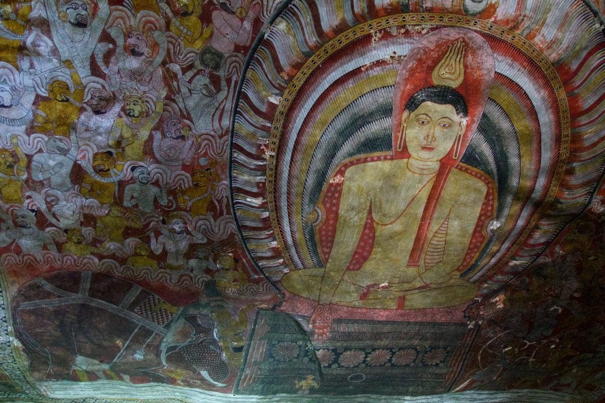 LKA_Dambulla-Caves-©16-Thomas-Baechtold-2588.jpg