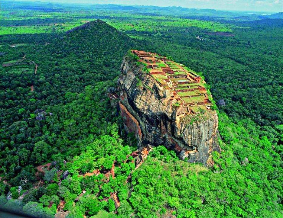 LKA_Sigiriya-©-Sri-Lanka-Instyle.jpg