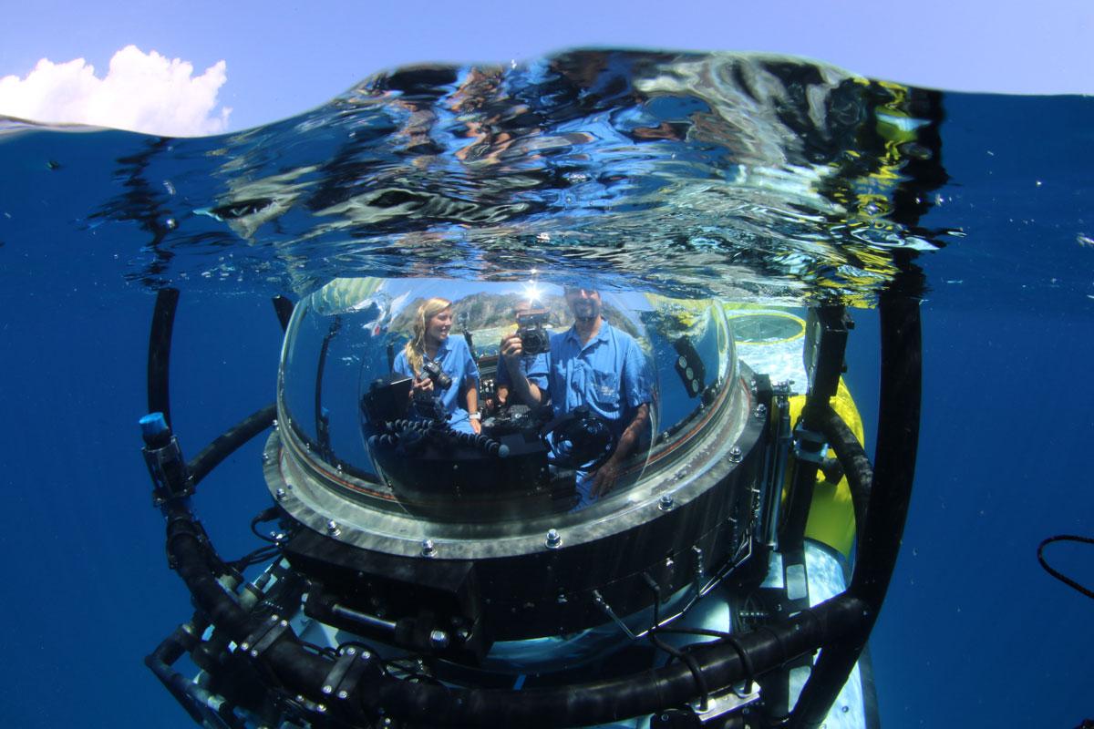CRI_MV-Argo-DeepSee-Submersible-©-Avi-Klapfer-1997.jpg