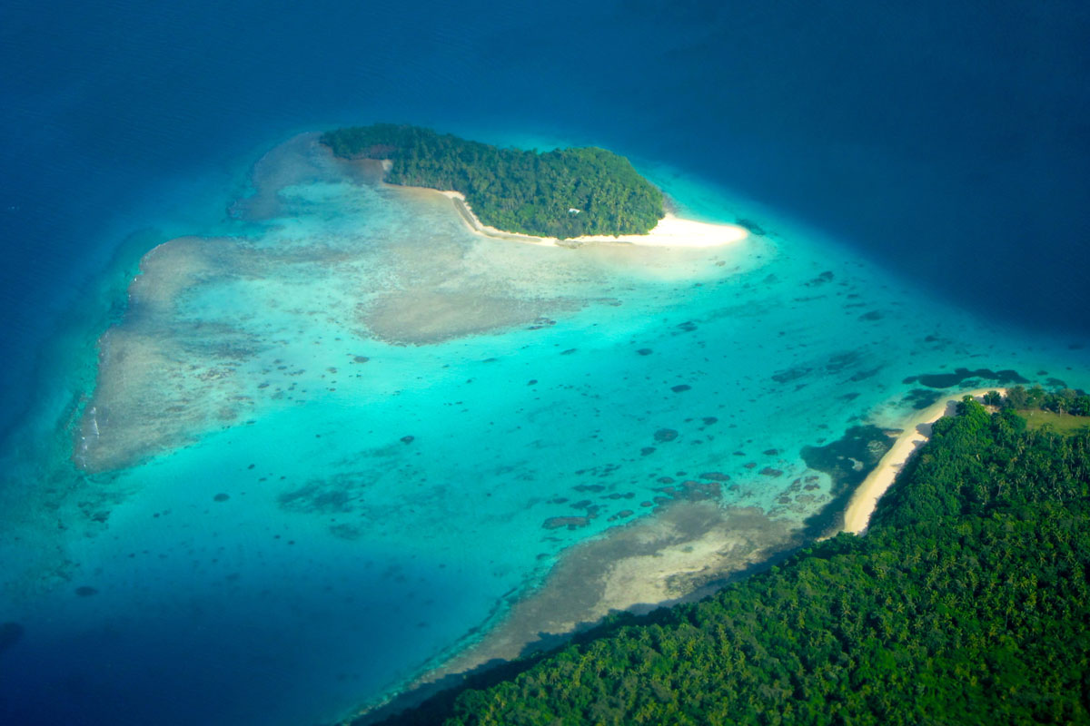 TON_Flight-Tonga-©11-Thomas-Baechtold-0026.jpg