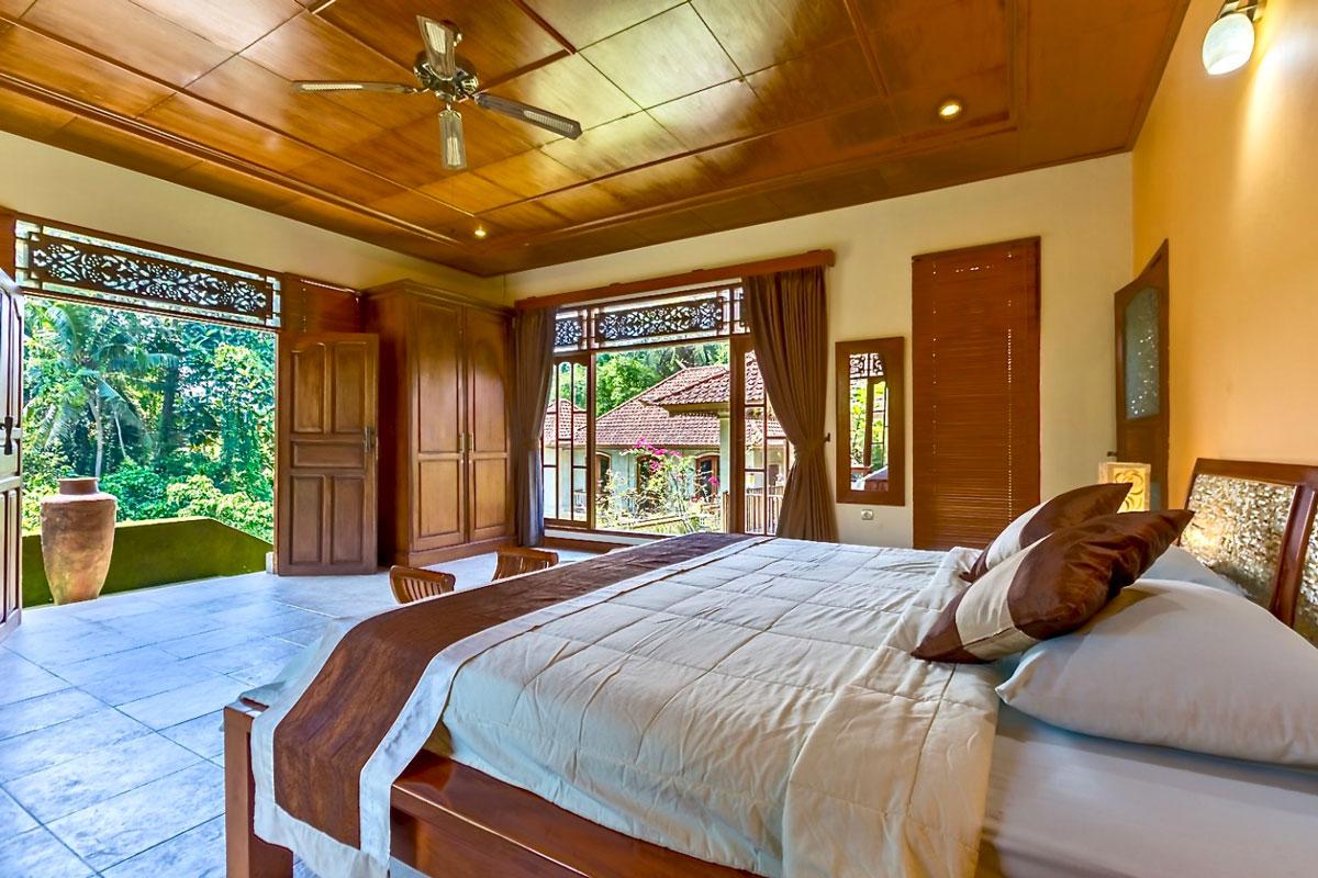 IDN_Hotel-Villa-Ubud-Deluxe-Room.jpg