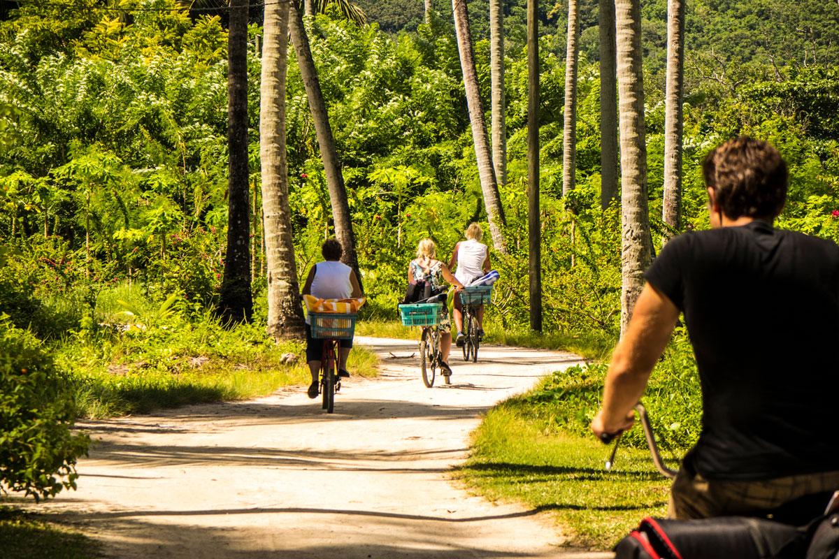 SYC_La-Digue-Bike-©-Mason's-Travel-(2).jpg