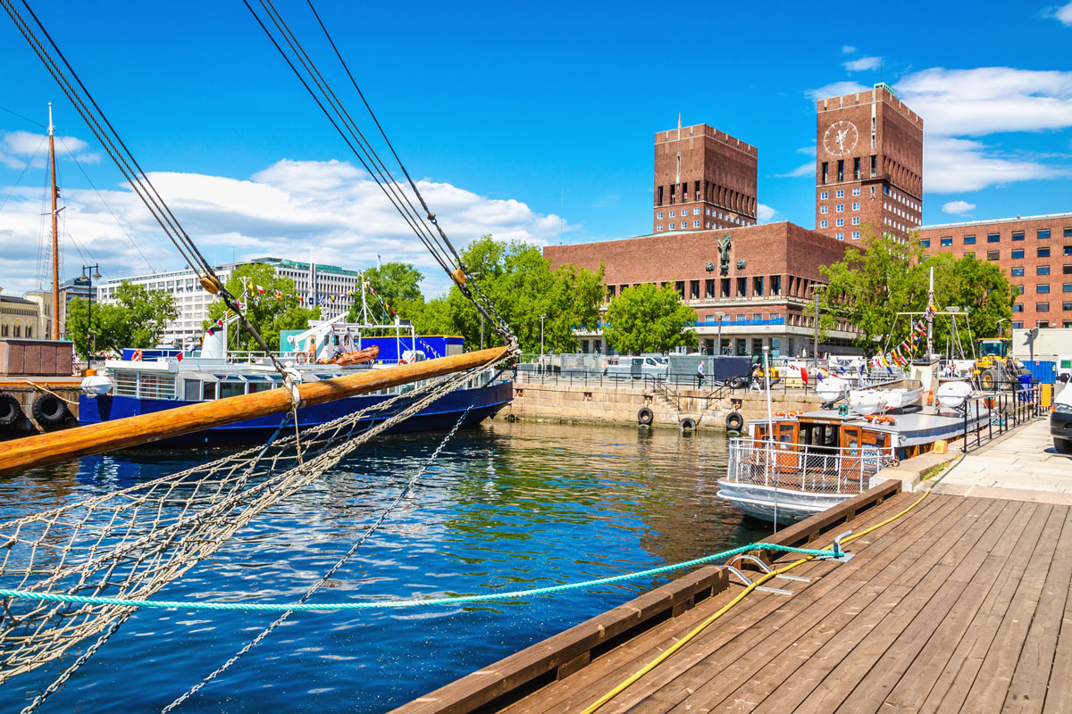 NOR_Oslo-Harbour-©-Adobe-Stock-92123013.jpg