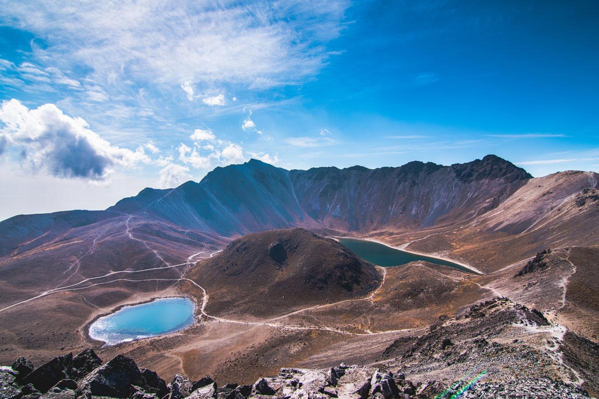 MEX_Nevado-de-Toluca-Volcano-Crater-Lakes-©-AdobeStock_188720215.jpg