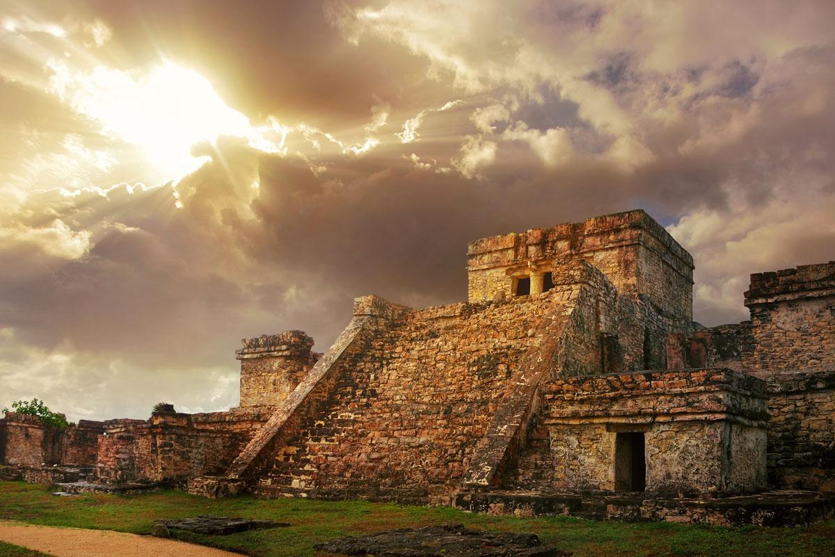 MEX_Tulum-Mayan-Ruins-©-AdobeStock_62635311.jpg