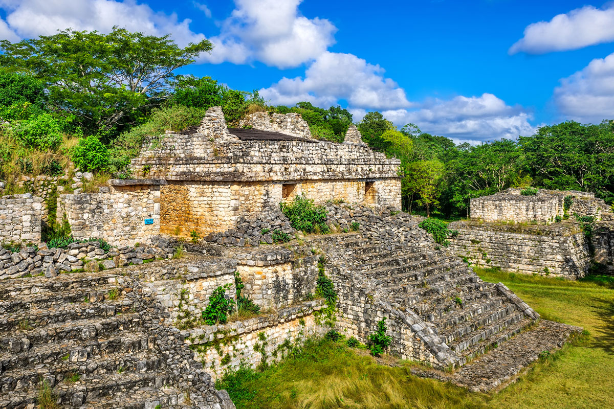 MEX_Yucatan-Ancient-Maya-Pyramids-and-Ruins-©-AdobeStock_103808090.jpg