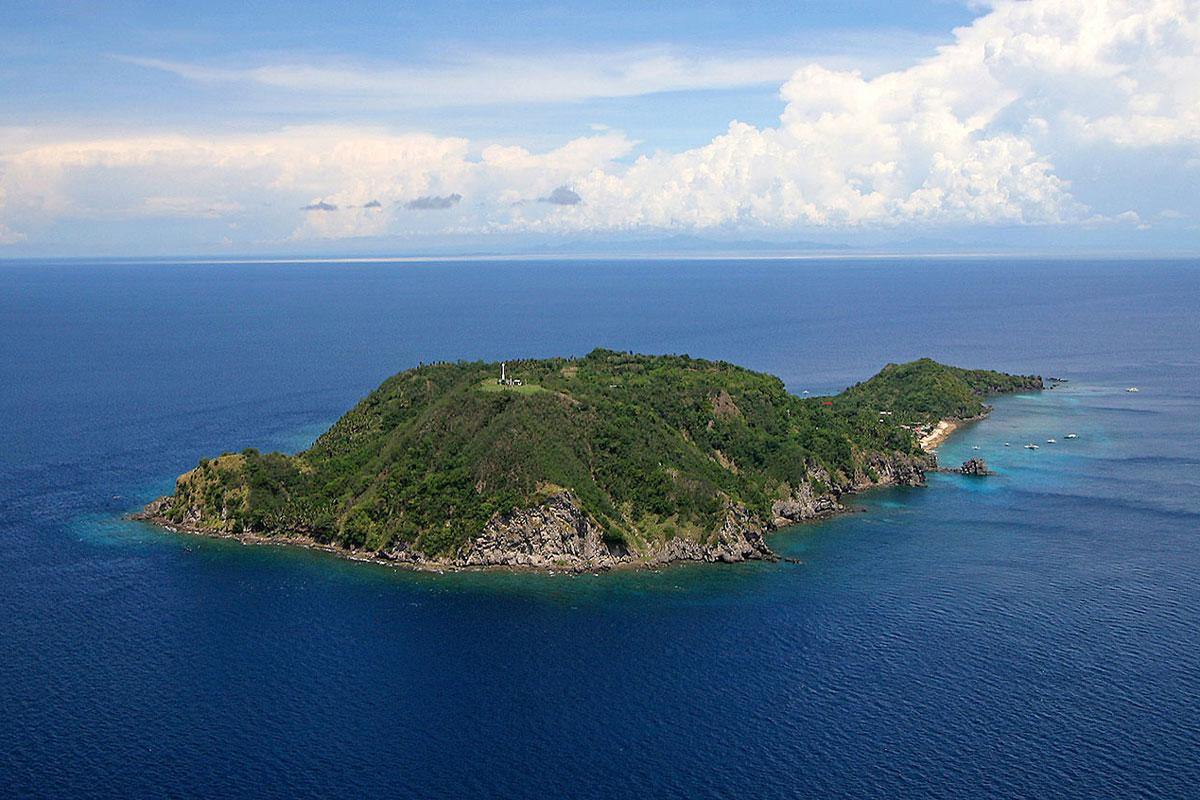 PHL_Dumaguete-Apo-Island-©-Atmosphere-Resort-001.jpg