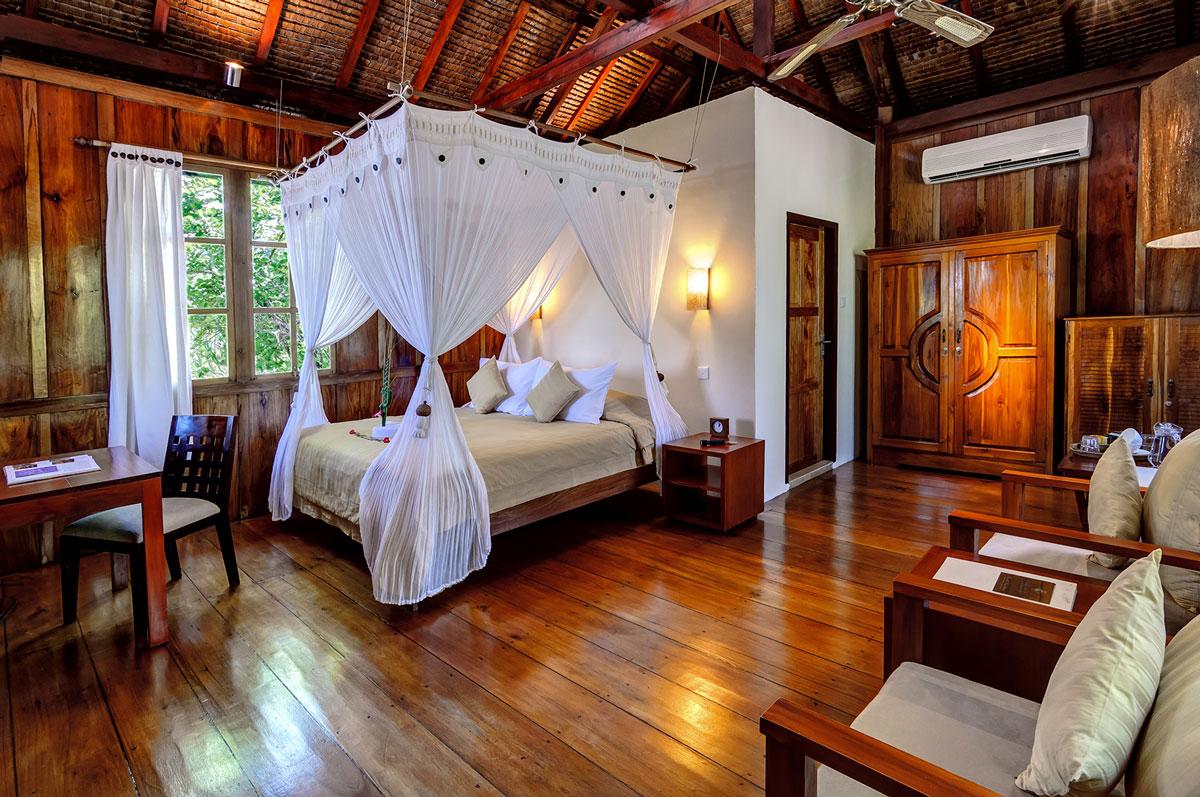 IDN_Wakatobi-Resort-Palm-Bungalow-©-Wakatobi-Resort-22.jpg