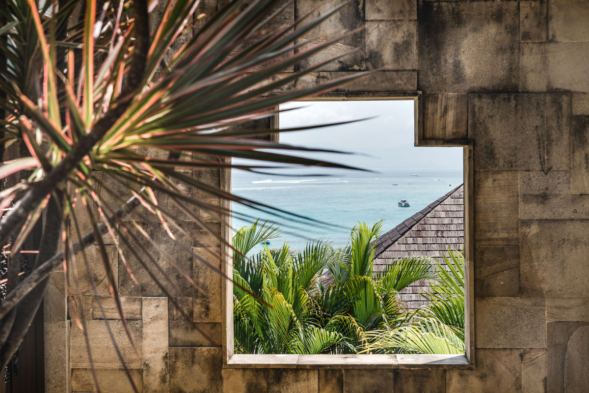IDN_Batu-Karang-Resort-OBV-Window-view-©-Batu-Karang-Resort.jpg