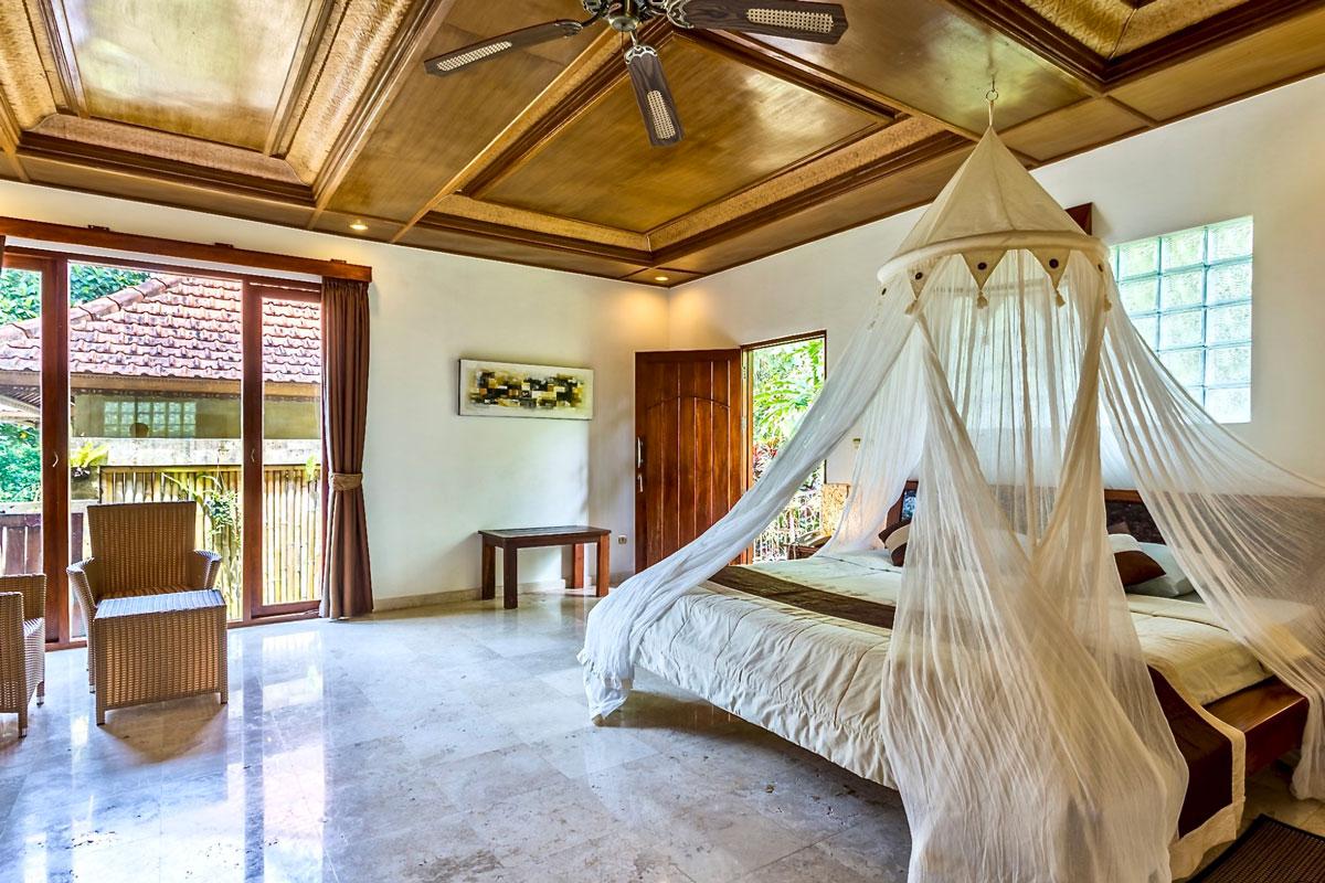 IND_Hotel-Villa-Ubud-Deluxe-Room-©-Hotel-Villa-Ubud.jpg