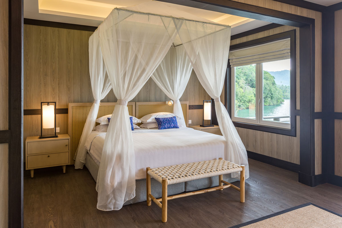IDN_Lembeh-Resort-Luxury-Cottages-©-Lembeh-Resort-3.jpg