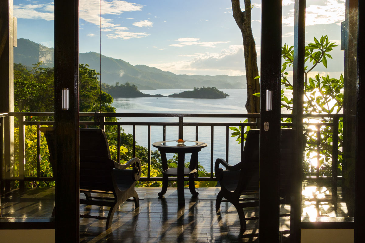 IDN_Lembeh-Resort-Luxury-Cottages-©-Lembeh-Resort-8.jpg