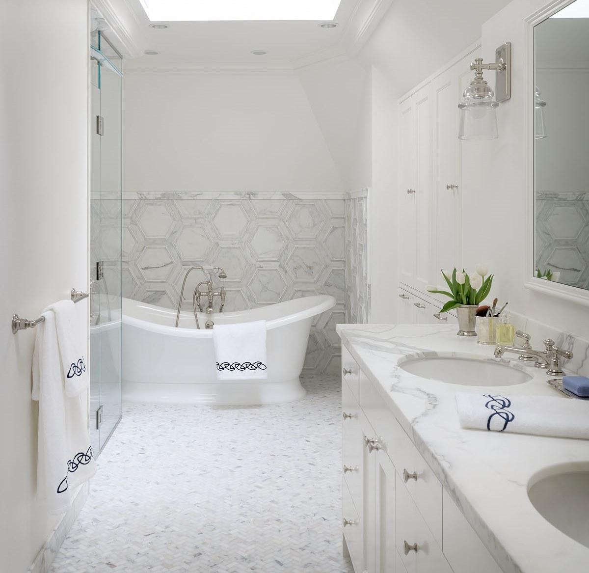 15 MWM projectblue Master Bath.jpg