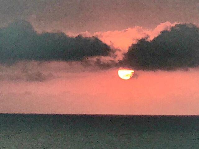 Palm Beach sunrise.  China & US Presidents arrive today.