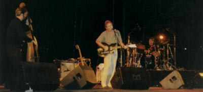SB, brother Dale Bohren, and son Andre Bohren play a French festival