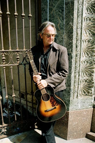 Rob Hebert – July, 15 2006 – Long Black Line photo shoot.