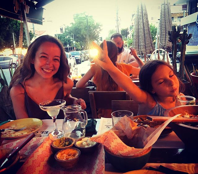 Το καλύτερο κορίτσι ❤️👩👧 love you Inouki 🥂 ... . . . . . #niece #family #athens #babysitting #familylove