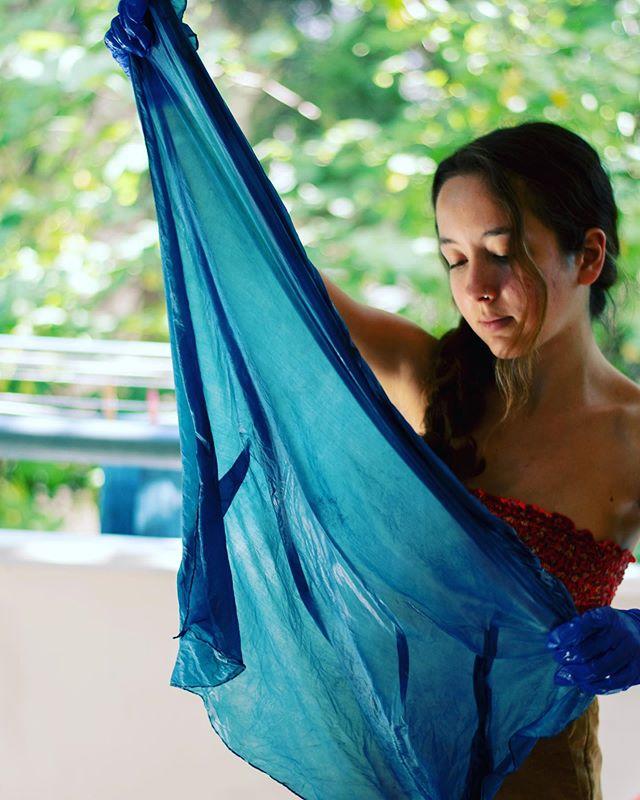 Indigo day💧 📸: @morfinations_planet ... . . . . . #indigo #indigodyeing #naturaldye #naturaldyer #naturaldyeing #textiledesign