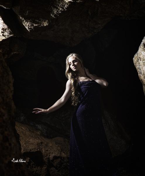Model: Kayla