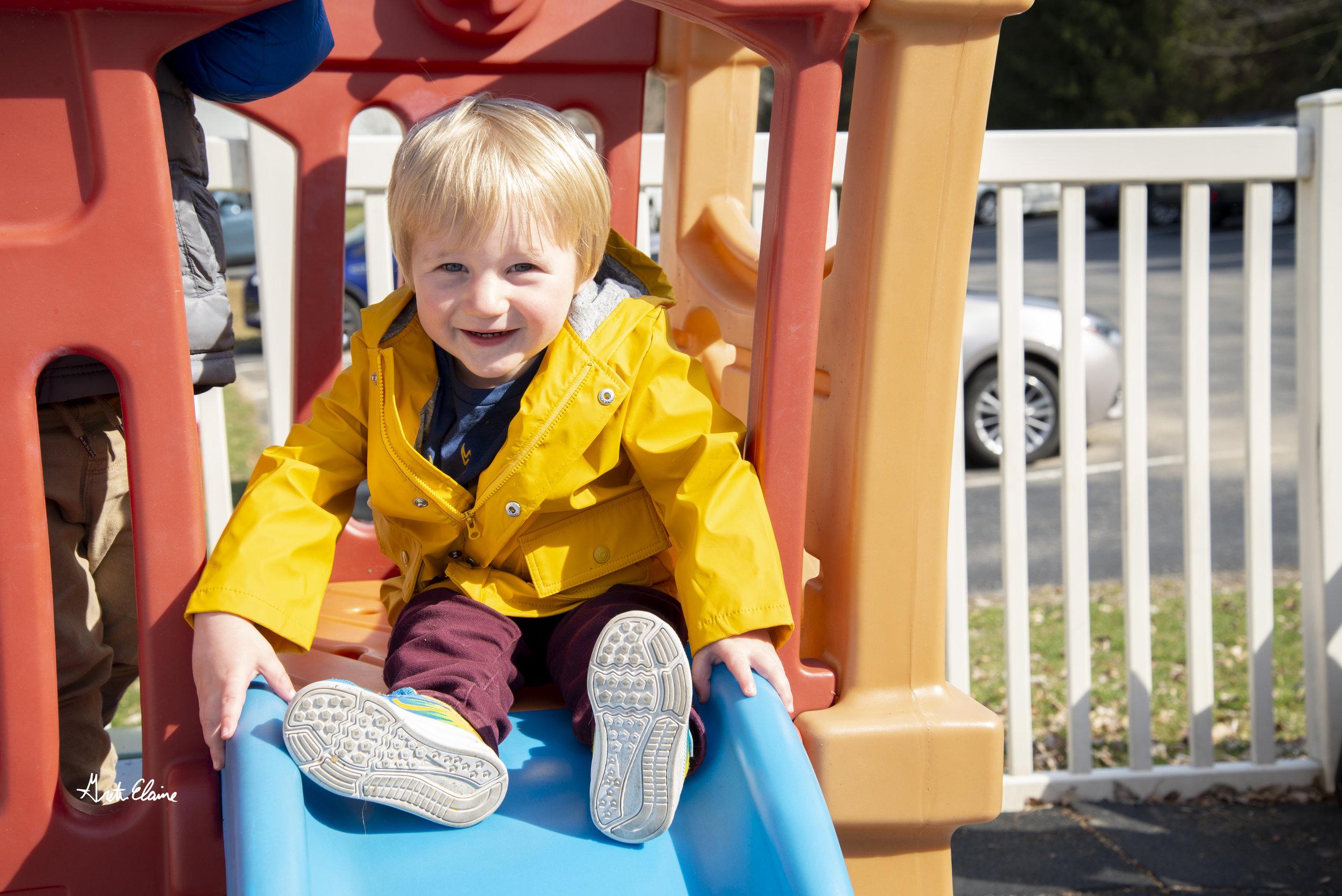 Schreiber_ToddlersOutside_GEP8560.jpg