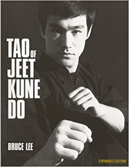 Gathers the thoughts of the famous martial arts expert and actor about zen and the practical aspects of self-defense.