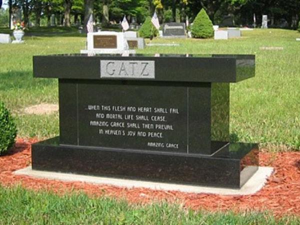 cremation bench1.jpg