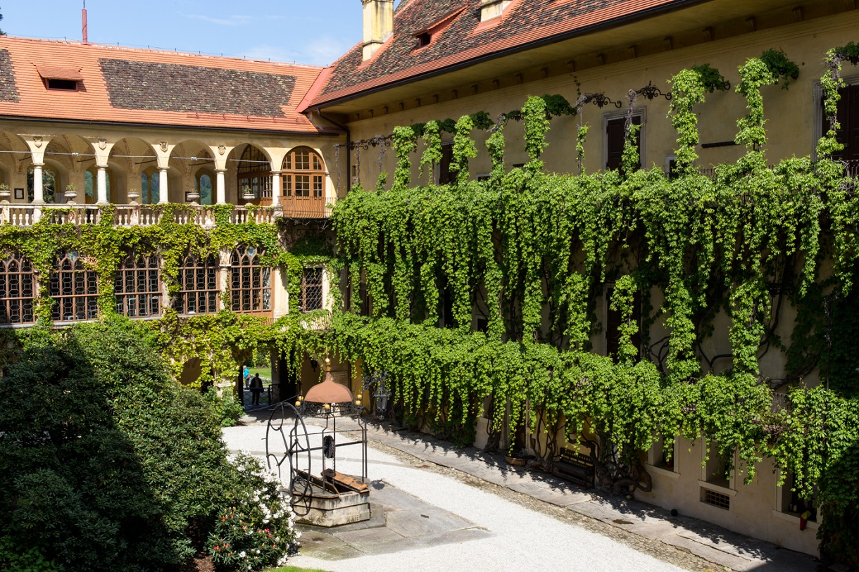 Esterno del castello di Hollenegg. Photo Federico Floriani