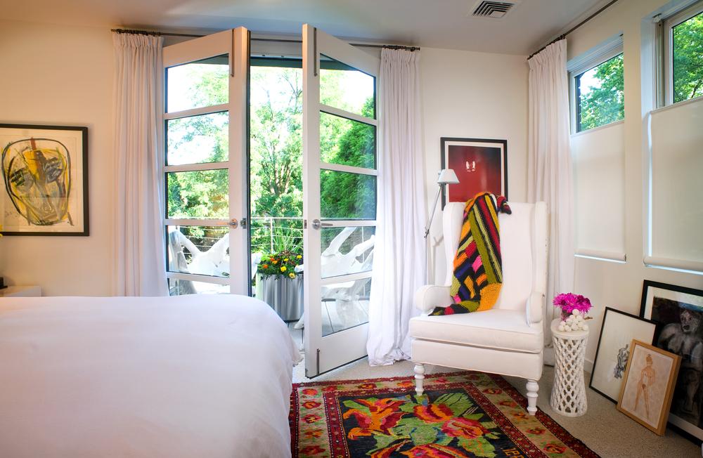bedroomdoor9790.jpg
