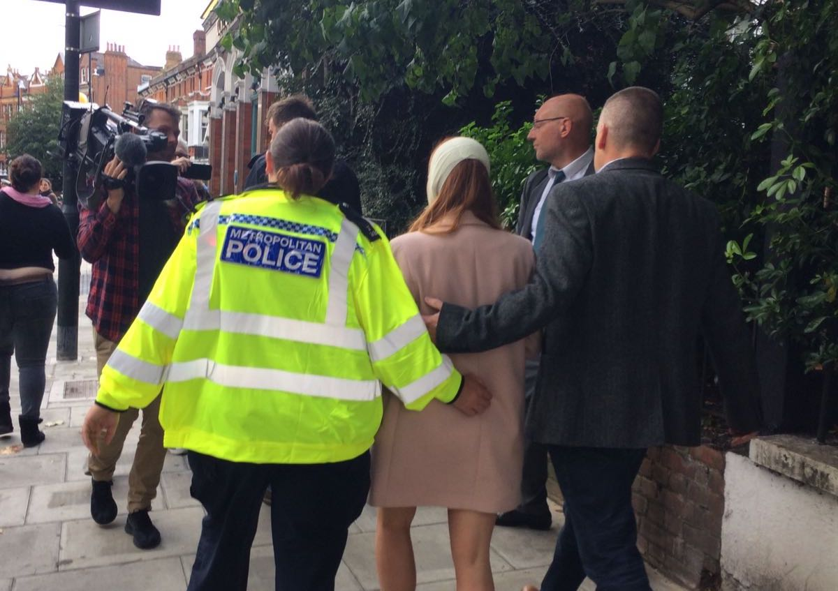 Metropolitan police respond to the scene of the Parson Green bombing that left 22 passengers injured. Internet photo
